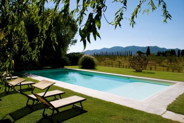 agriturismo podere il leccio maremma toscana grosseto turismo sostenibile piscina pool vacanza vacancy family turismo sostenibile