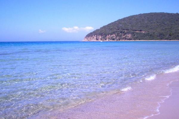 cala violina beach spiaggia agriturismo farmhouse podere il leccio