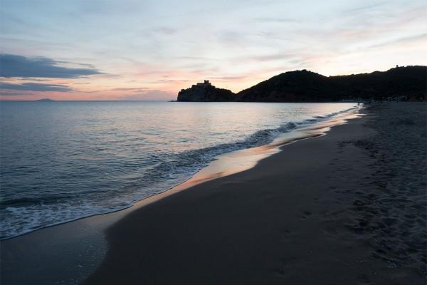 rocchette tramonto beach spiaggia agriturismo farmhouse podere il leccio